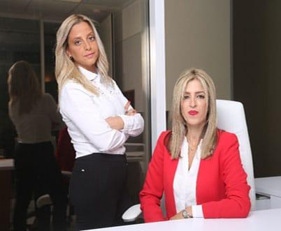 עורכת הדין לוסי מאיר ועו''ד אורנת קמרון